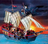 Groes Piratenflaggschiff - Playmobil